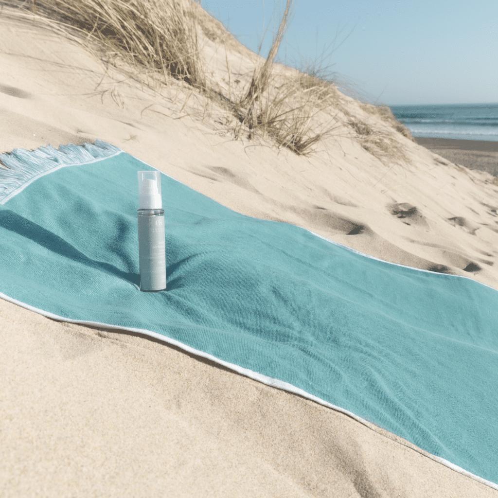 huile aérienne parfum gourmand sur fouta de l'été